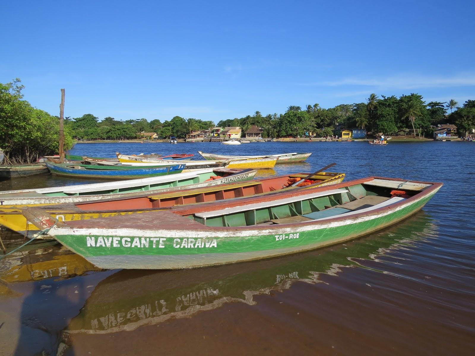 barcos em Caraíva roteiro praia do espelho