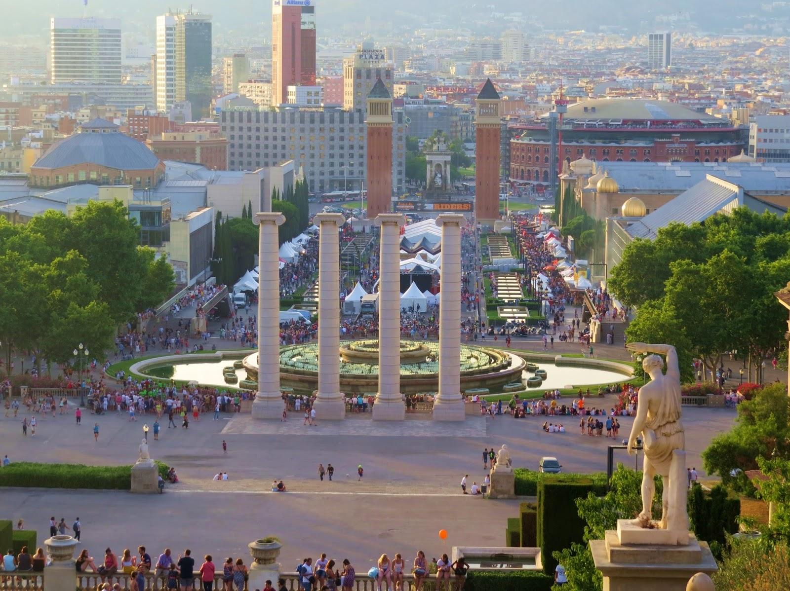Vista da Plaza de Espanha Barcelona