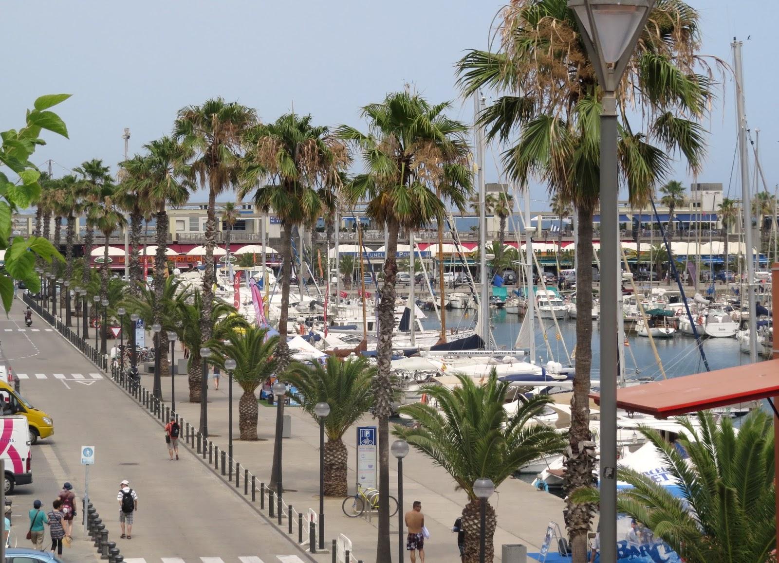 Vista do porto de Barcelona