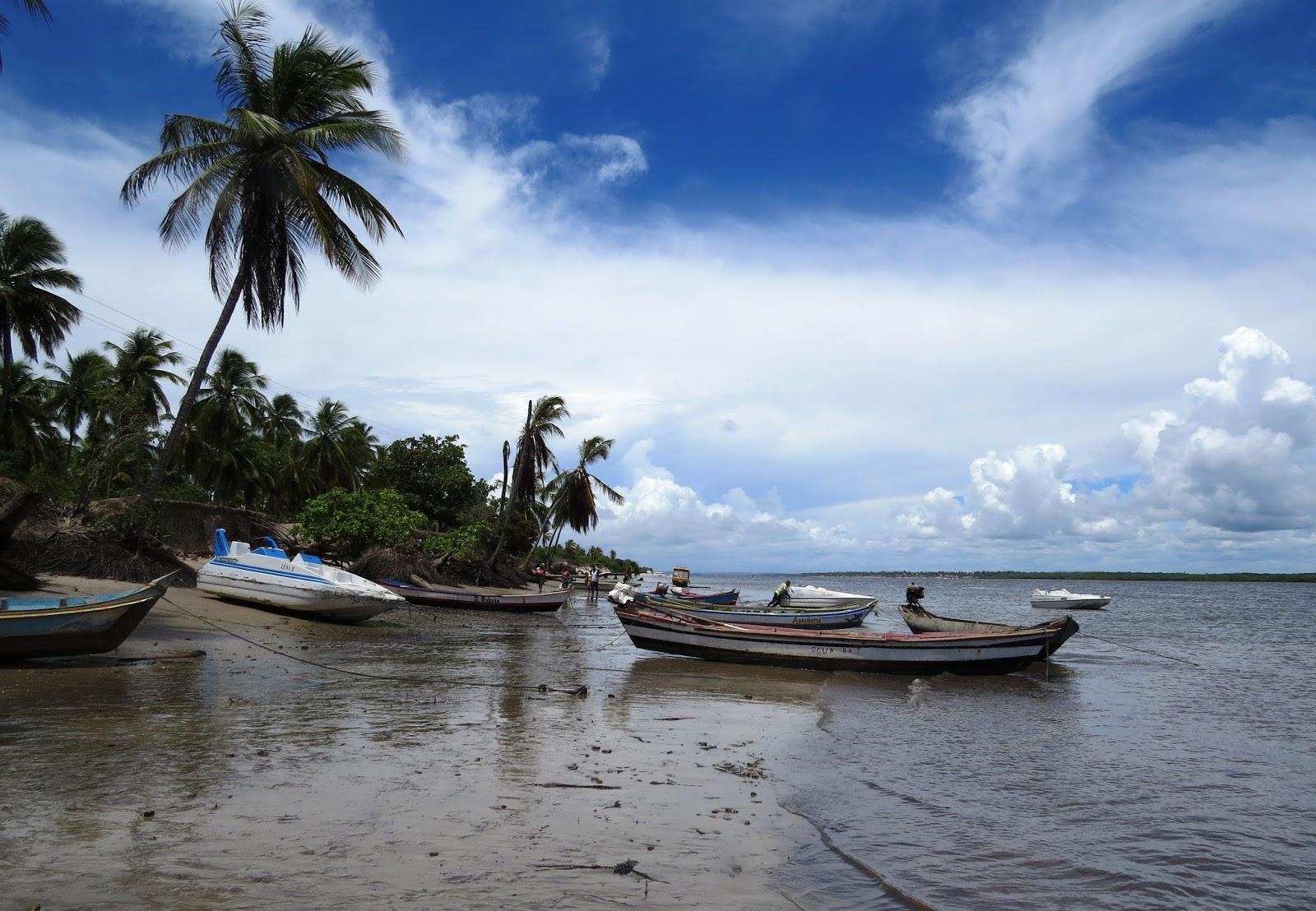 Barcos no cais de Mangue Seco