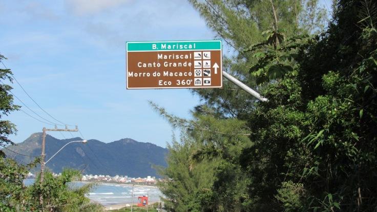 Bombinhas-excelente-infraestrutura-praias