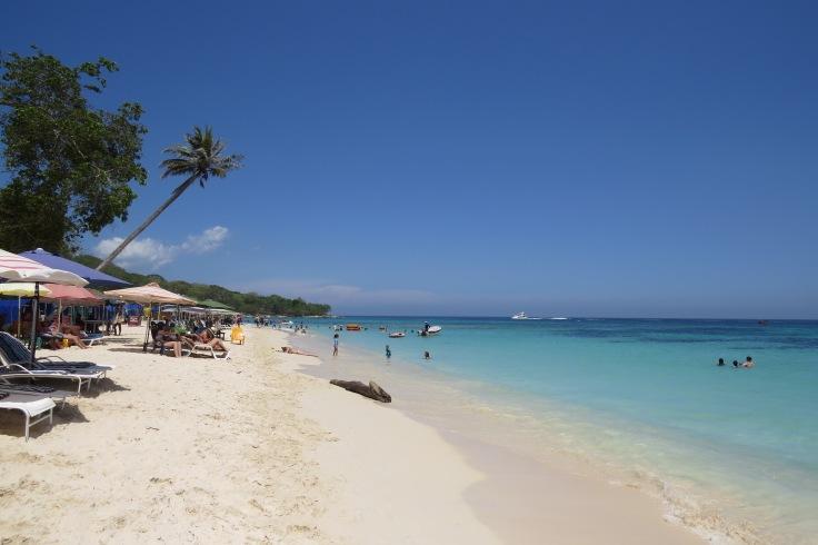 playa blanca areia branca e mar azul turqueza