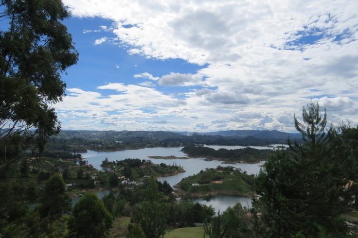 vista da represa de Guatapé
