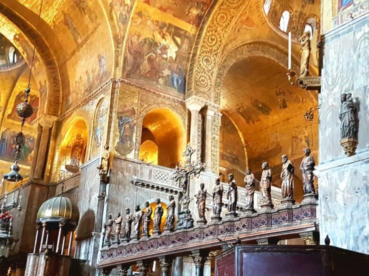 veneza--basílica-são-marcos-interior