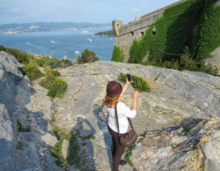 Vista de Portovenere na subida do Castelo Doria