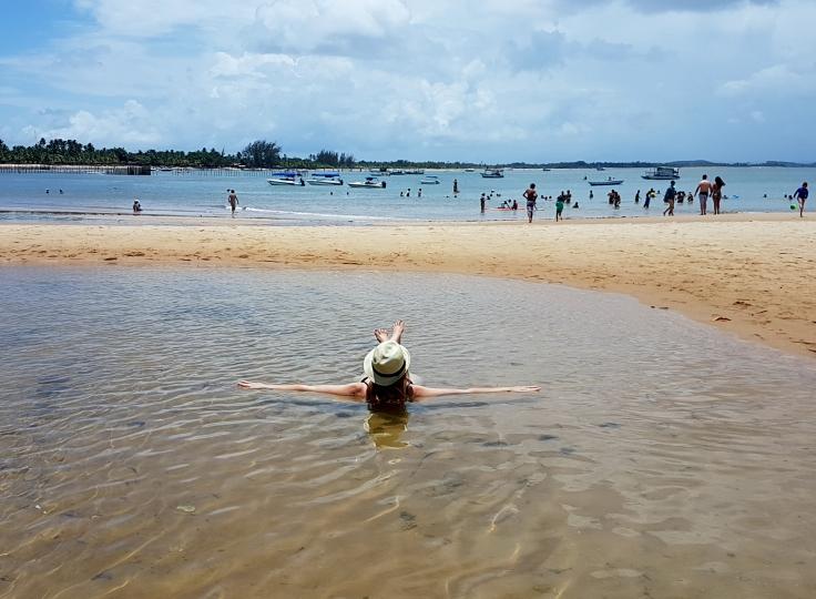 península-de-maraú-praia-ponta-mutá-banho