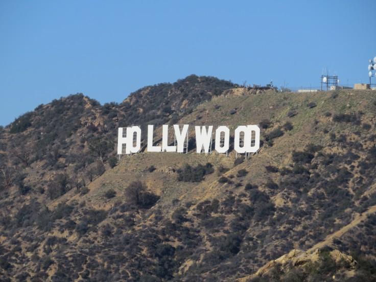 Letreiro Hollywood visto do planetário Los Angeles
