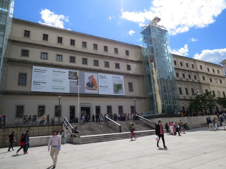 museu-reina-sofia-fachada