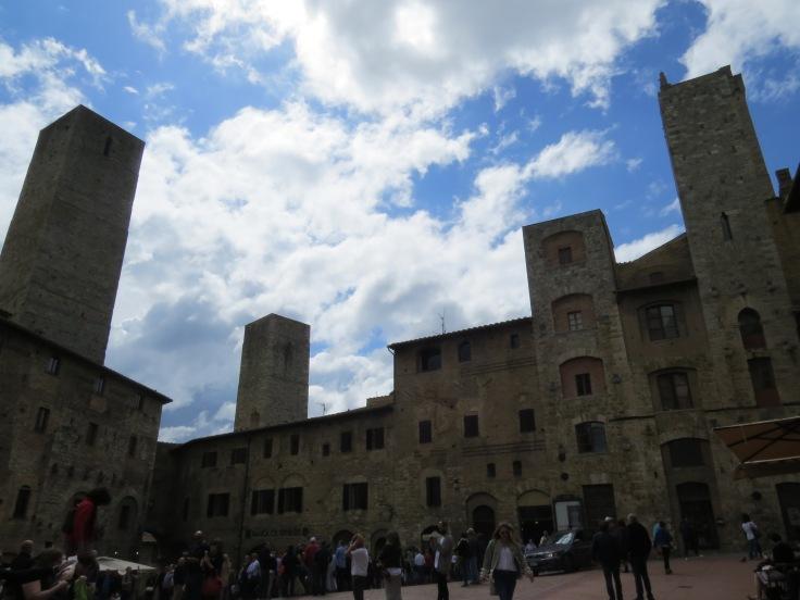Torres medievais em San Giminiano Toscana