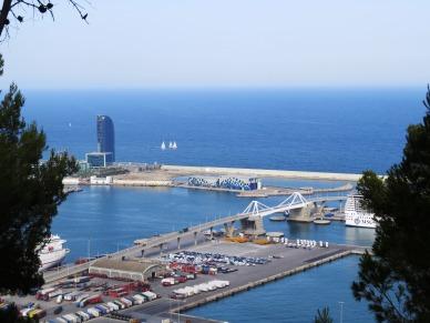 parc-montjuic-vista-melhores-atrações-de-barcelona