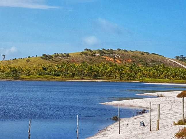 península-de-maraú-lagoa-azul