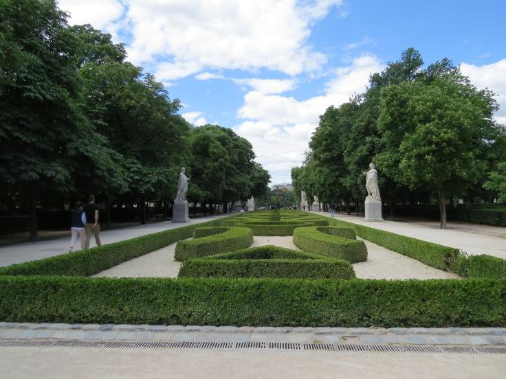 parque-del-retiro-paseo-de-las-esculturas