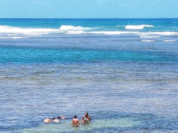 península-de-maraú-taipu-de-fora-piscina-cores
