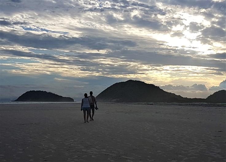por-do-sol-praia
