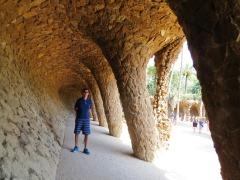 park-guell-barcelona-túneis