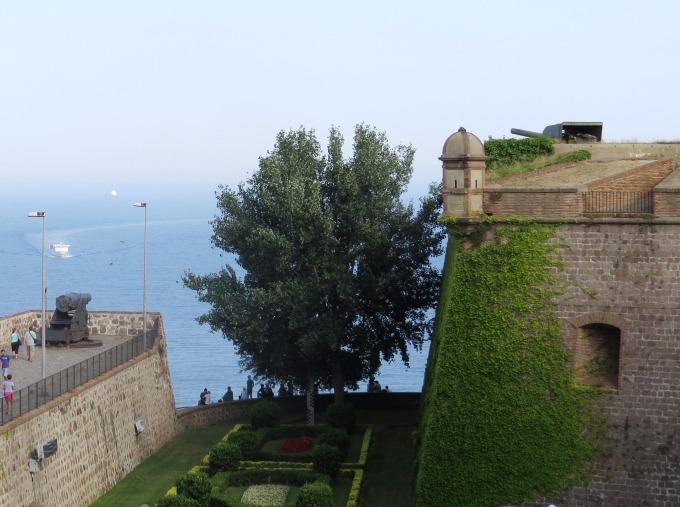 castelo-montjuic-barcelona