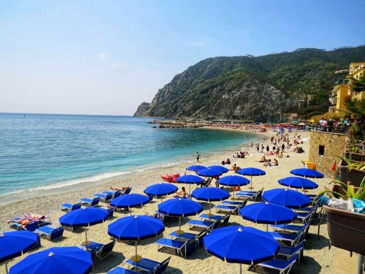 Praia em Monterosso Cinque Terre Ligúria