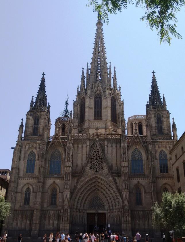 catedral-gótica-melhores-atrações-de-barcelona