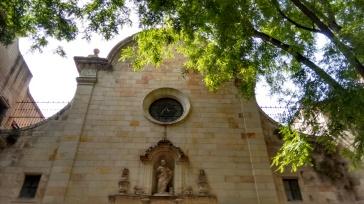 bairro-gótico-igreja-melhores-atrações-de-barcelona